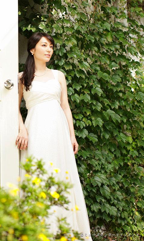 新居 由佳梨 | Yukari Arai